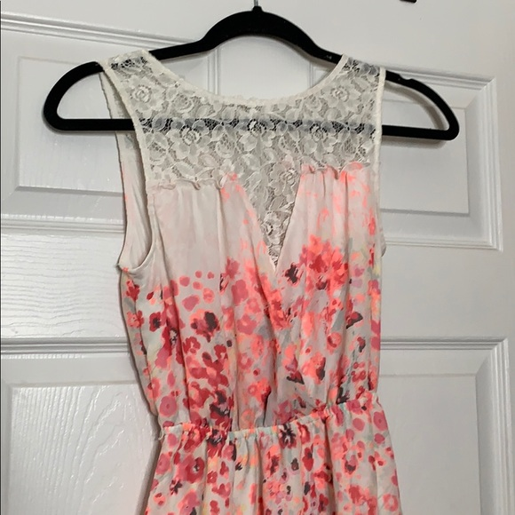 Candie's Dresses & Skirts - Floral print lace dress